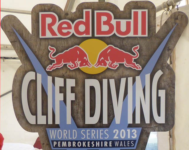 Red Bull cliff diving logo